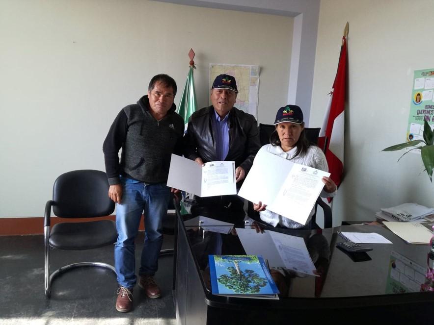 Firma de convenio en Municipalidad de Challga- Leoncio Prado-Huànuco, una estrategia de articulación de políticas públicas locales.